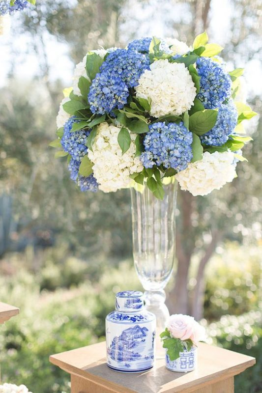 Flor del mes para decorar tu boda hortensias la quinta for Adornos para bodas con plantas