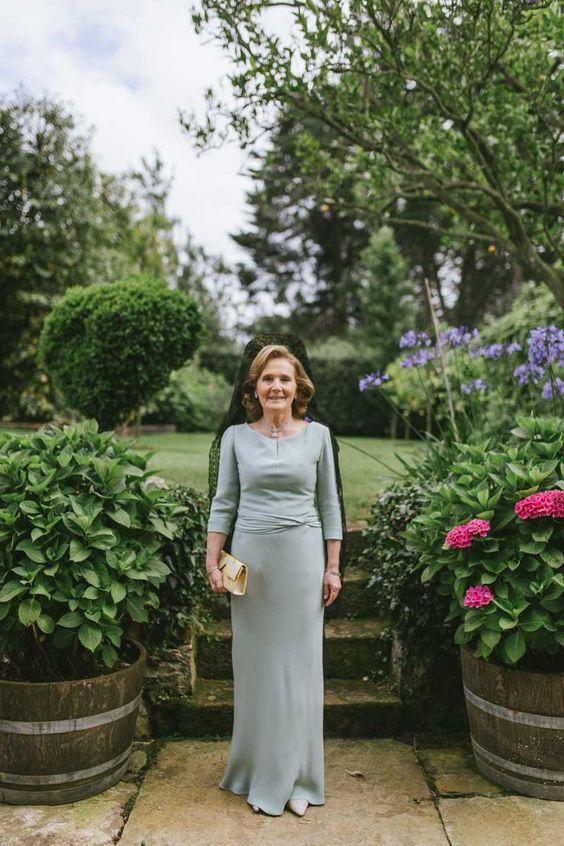 Vestidos de madrina de boda largos con mantilla