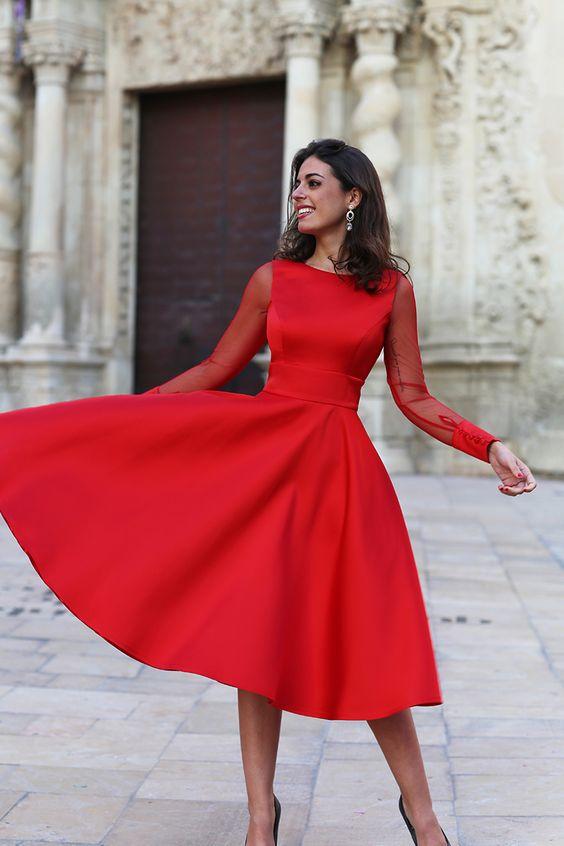 0657a9c2e Tendencia top invitadas  El color rojo - La Quinta de Jarama